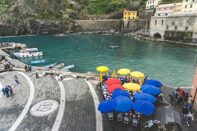 Dining al fresco in Vernazza