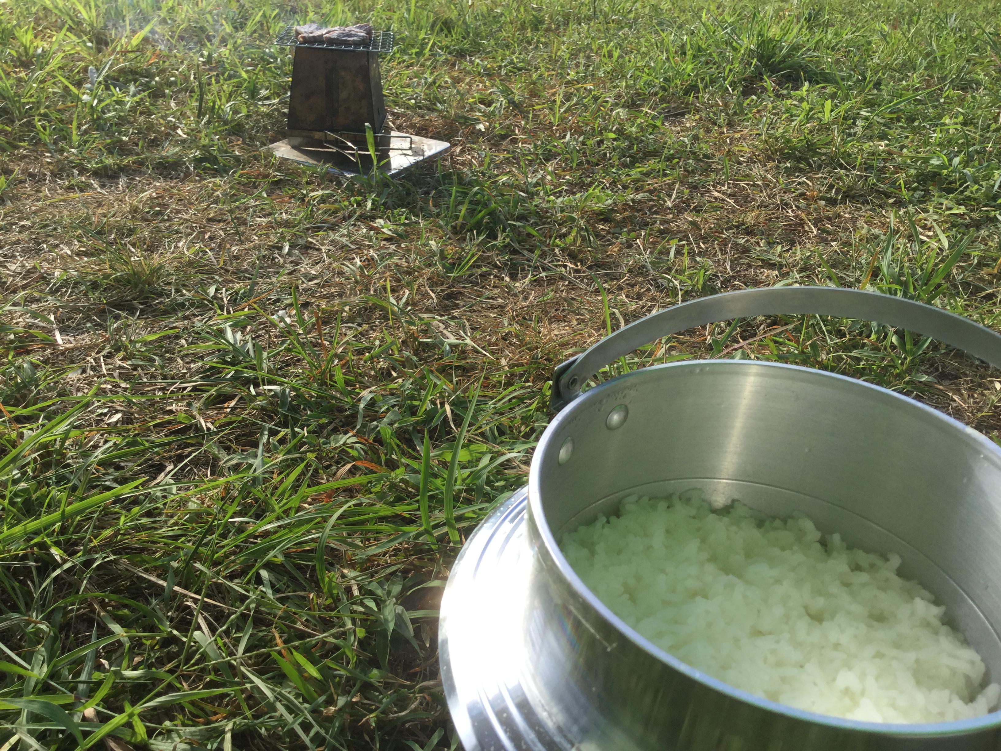 キャンプの肝は米!楽しすぎるキャンプ飯!
