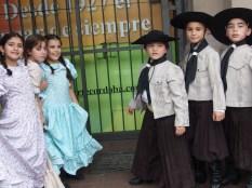 Piccoli ballerini al Festival de Folklore al Mercado Norte.