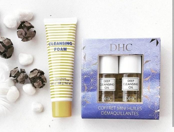 Deep Cleansing Oil : à droite le Coffret Mini huiles démaquillantes à offrir ou à emporter en voyage !