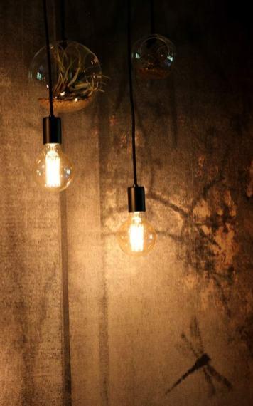 Am Abend verwandelt sich das Soulful Zimmer in ein gemütliches Cocooning-Nest