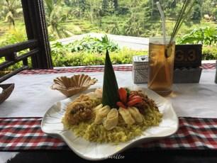 Mahlzeit bei den Reisterrassen.