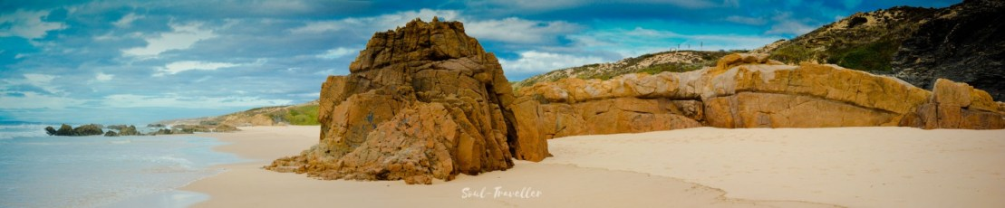 035 Praia do Malhão TOURIFREIE ZONE – Dramatik pur am Himmel