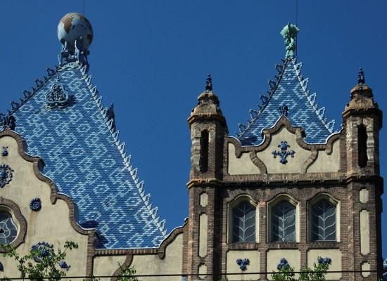Архітектурна кераміка Жолнаї. Екскурсії Будапештом