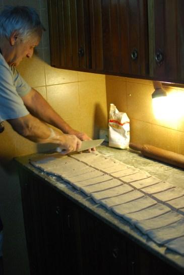 Yiyo making bread