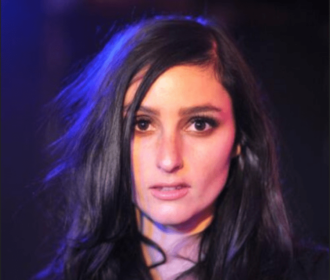 Banks covers Aaliyah's Are You That Somebody