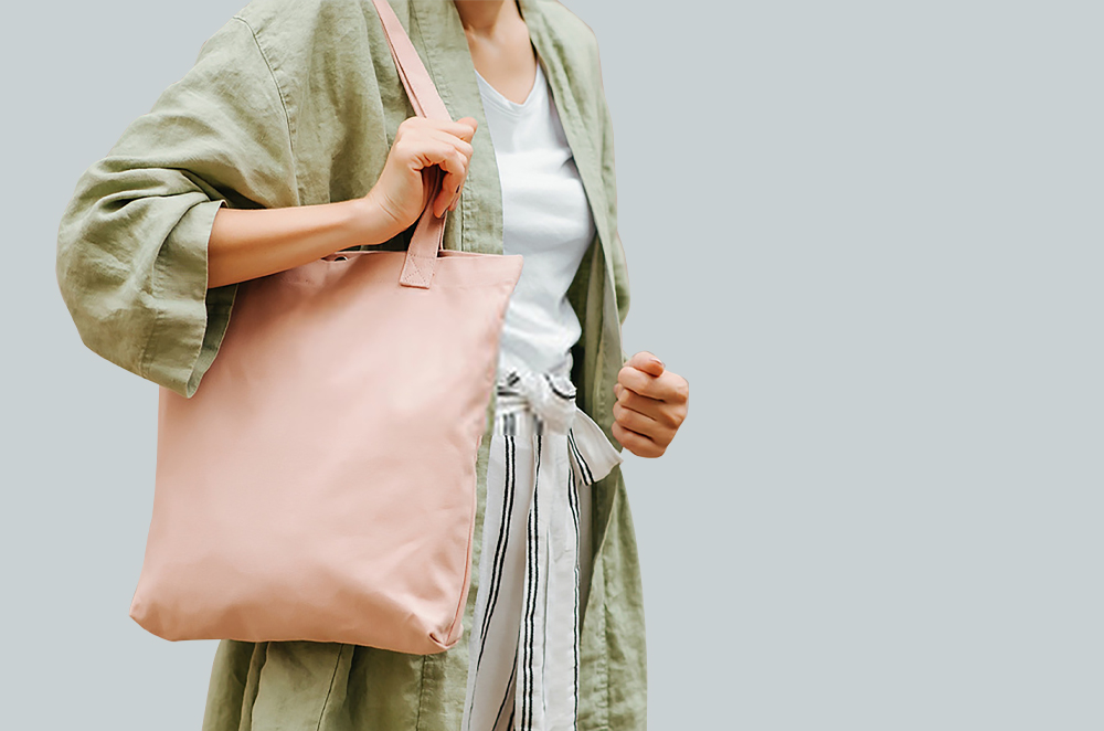 Tote-bag, an easy carryall