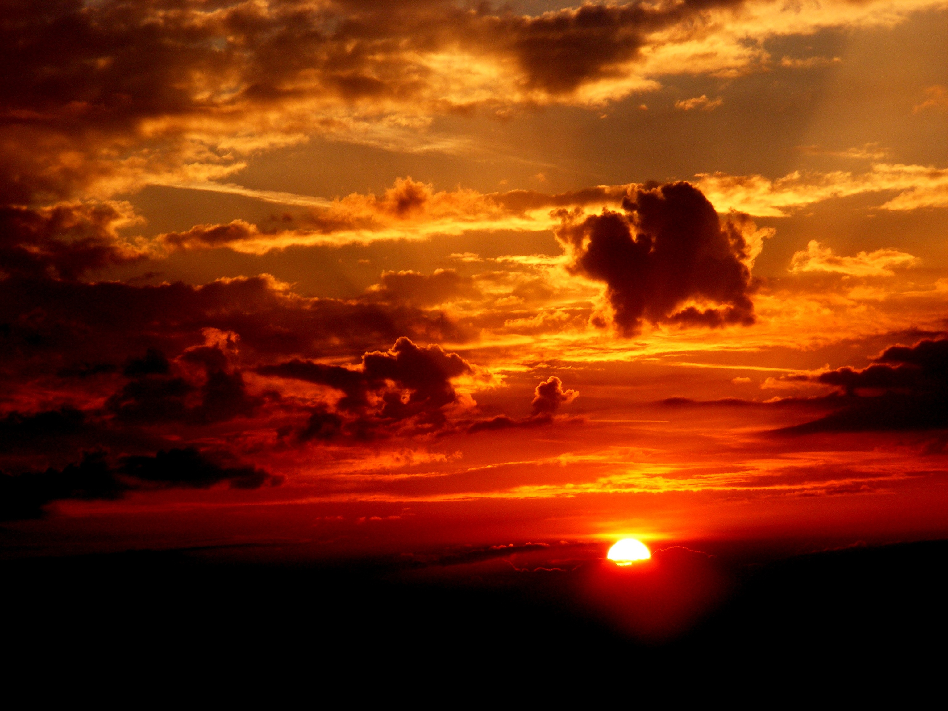 sunset-sky-sun-cloud-48783