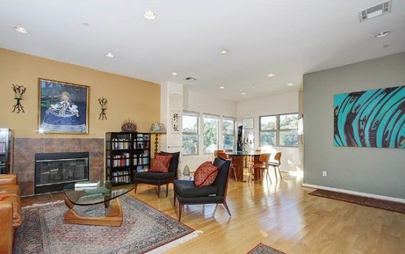 Bright and airy floor plan with gallery walls