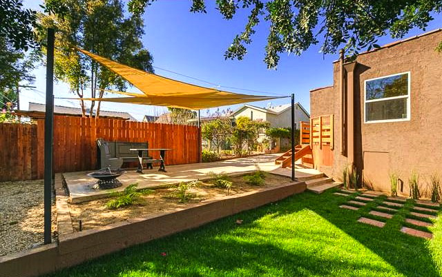 Patio and yard. Listed by Ernesto Espinoza – Allison James Estates & Homes