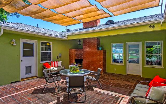 1940 Traditional: 4415 Caledonia Way, Los Angeles, 90065