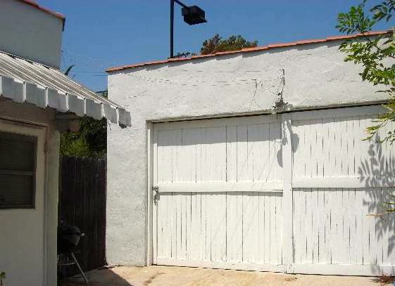 2-car garage. Listed by Vanessa Yan – Soulful Abode
