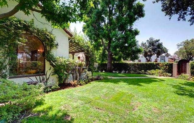 1927 Spanish: 3703 Glenfeliz Blvd., Los Angeles, 90039