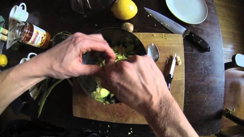 Guacamole - You Suck at Cooking (episode 1)