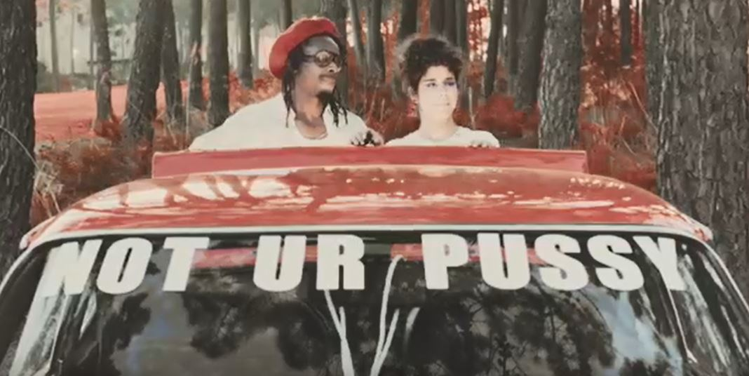 Videopremiere: Da Chick - Ride My Pussy (Wagon)
