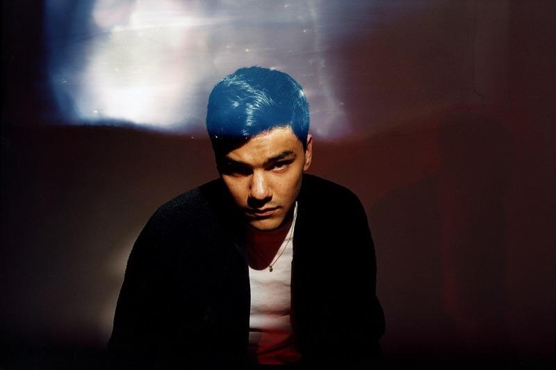 """Mit """"(4:30) IDLER"""" erscheint Jamie Isaacs zweites Album, welches von seinem persönlichen Kampf mit der Schlaflosigkeit erzählt // 3 Videos + full album stream + Album-Verlosung"""