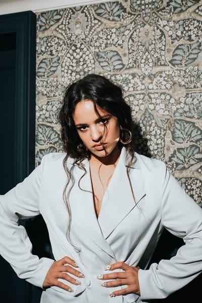 Rosalía mit neuem Video zu 'Bagdad (Cap.7: Liturgia)'