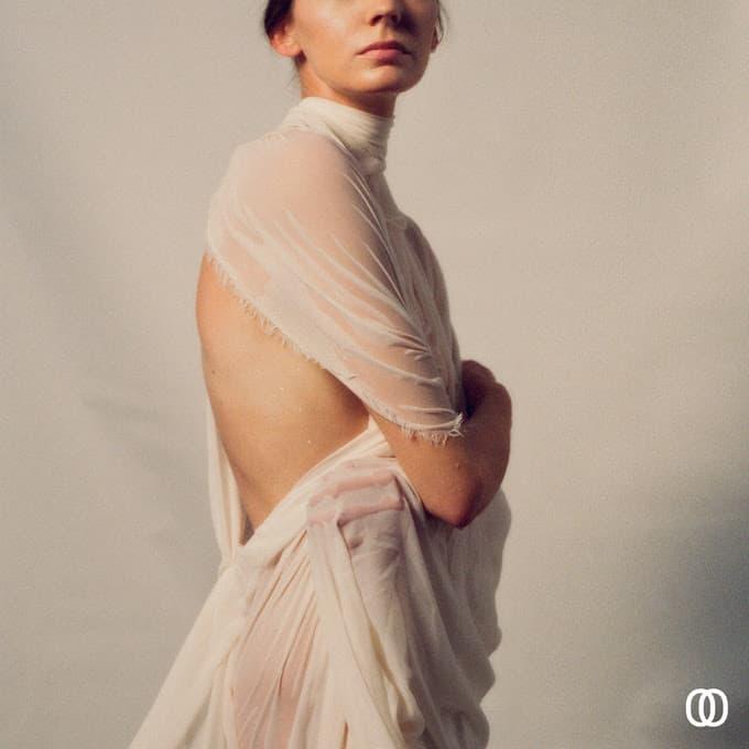 Happy Releaseday: ROSIE LOWE - YU • Album-Stream + 3 Videos