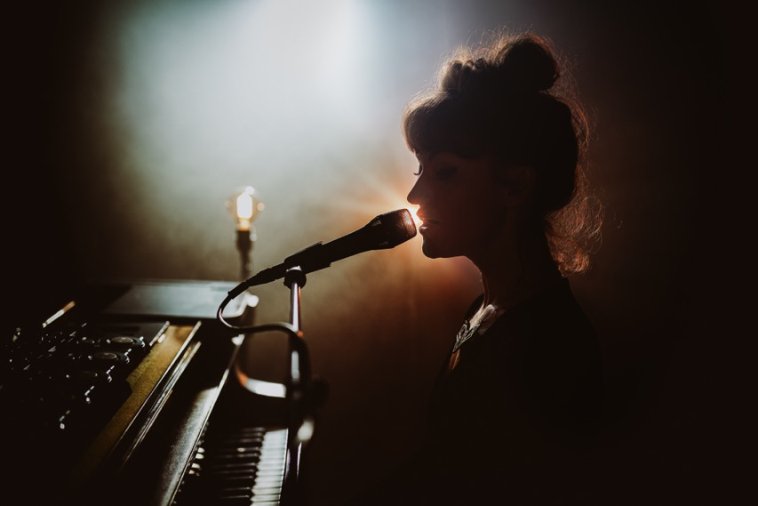 Happy Releaseday: June Cocó - Fantasies & Fine Lines • Video + Album-Stream