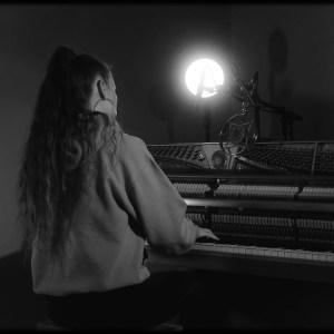 Videopremiere: LEONA BERLIN – SEARCHING @ XJAZZ! OFFICE