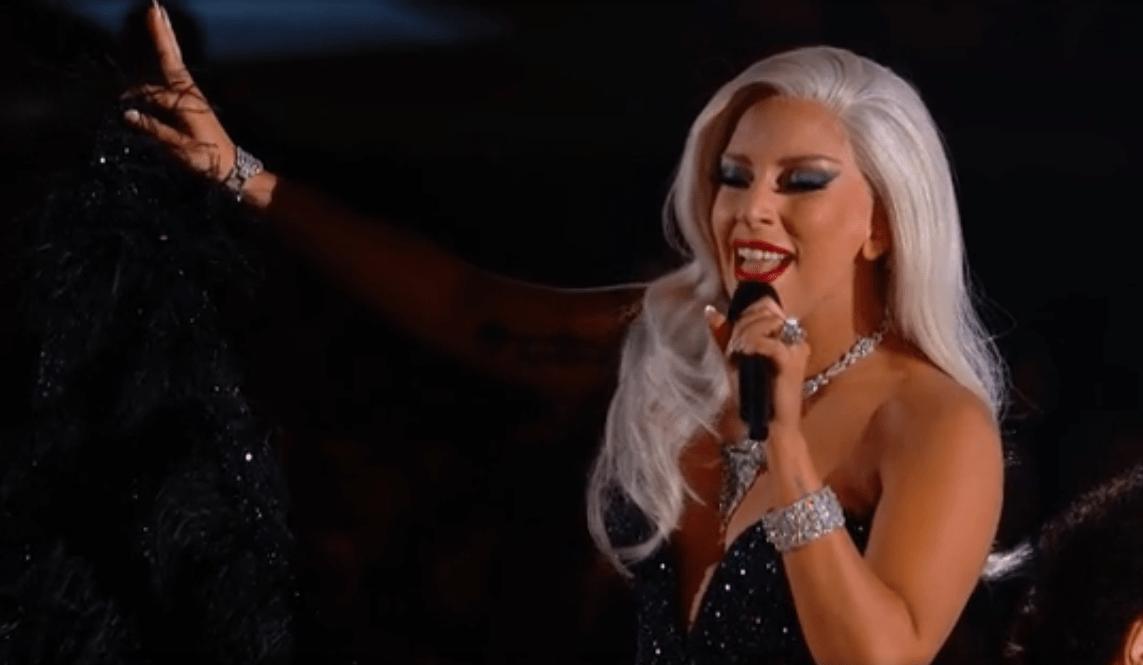 Tony Bennet & Lady Gaga - Cheek To Cheek - LIVE @ #Grammys2015 (Video)