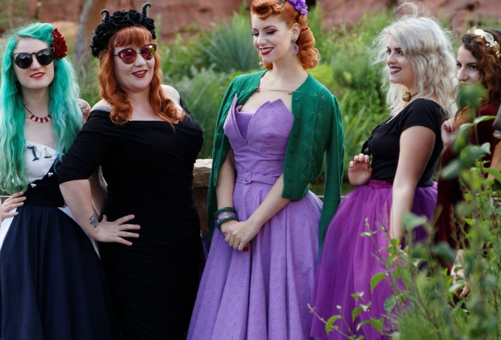 Photo groupe, Disneyland Dapper Day-Fall 2017_souliervertblog