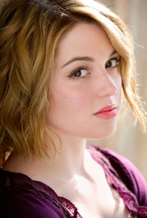 Jennifer Stone as Rachel Moore