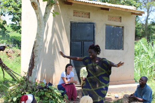 Savings discussion and profits party: Mariam, empowered and dancing