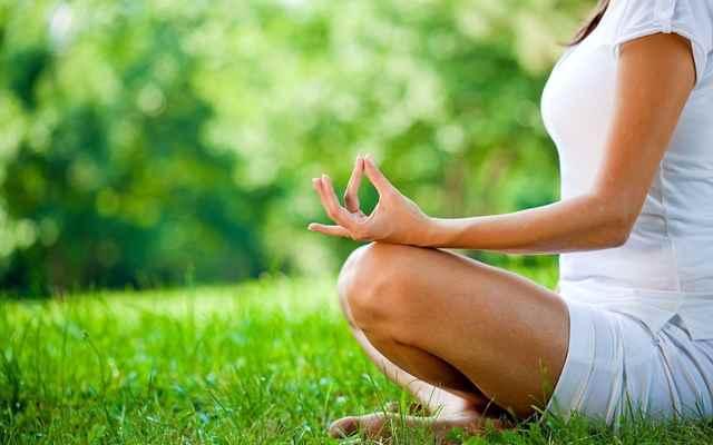 9. Медитация и молитвы снимают стресс.