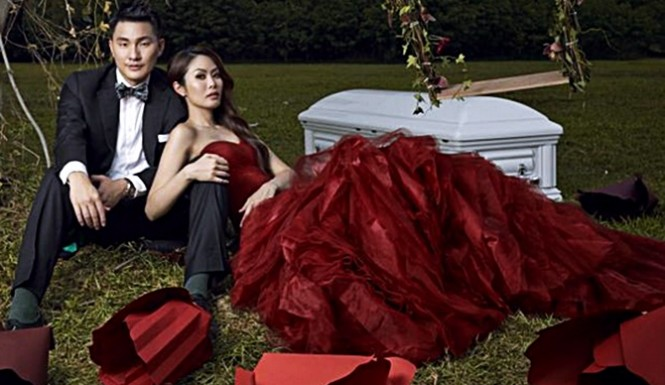 Couples-Wedding-Photoshoot-Is-Casket-Themed-—-Is-The-Marriage-Dead-From-The-Start-665x385