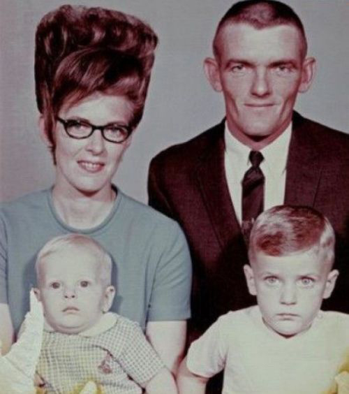 Bad-Family-Photos-Beehive