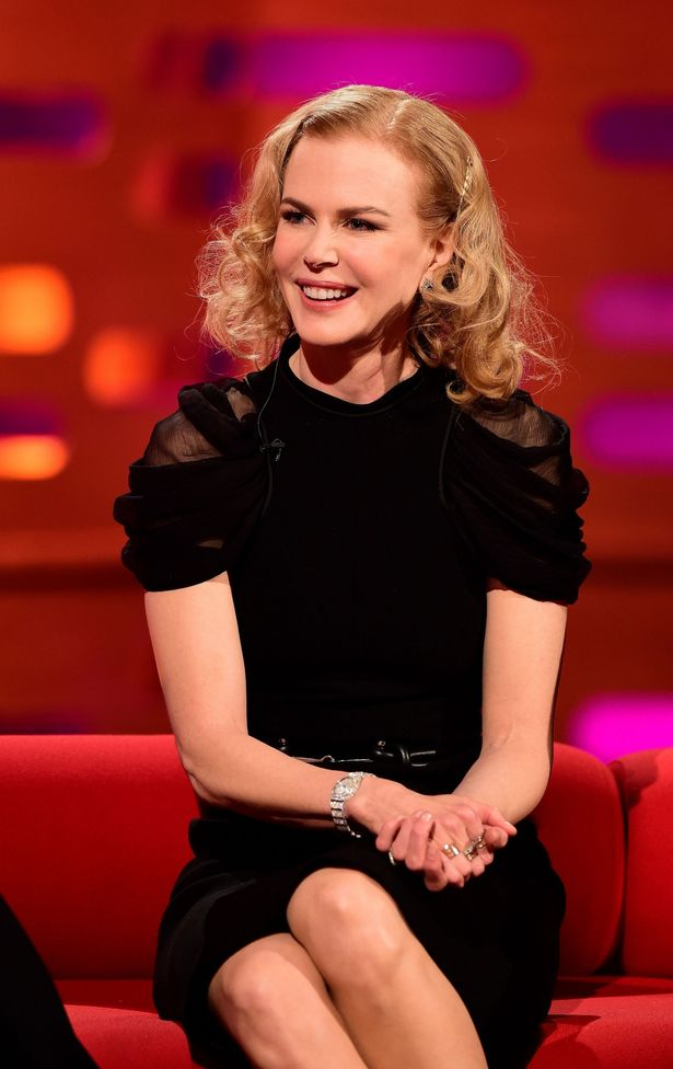 Nicole-Kidman-during-filming-of-the-Graham-Norton-Show