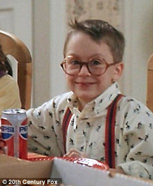 2E8238A200000578-3321328-Big_break_Macauley_s_younger_brother_Keiran_Culkin_now_33_found_-a-4_1447718095326