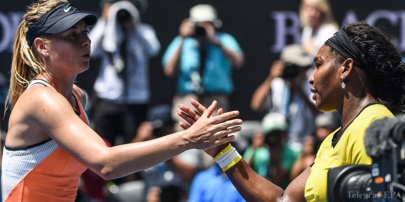 epa05126087 Serena Williams (R) of the US and Maria Sharapova of Russia shake hands after their quarter finals match on day nine of the Australian Open tennis tournament in Melbourne, Australia, 26 January 2016  EPA/FILIP SINGER