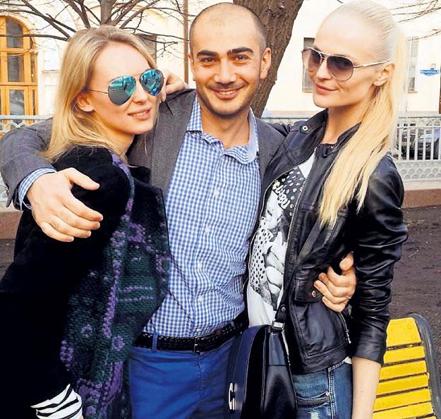 Омар предпочитает блондинок