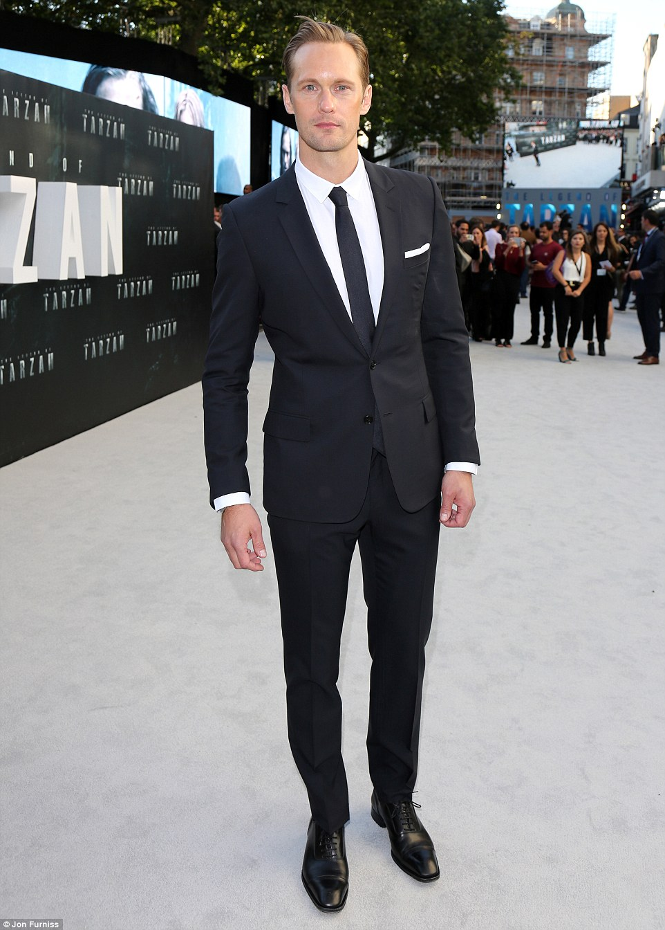 35FB738700000578-3675778-Dapper_gent_Alexander_looked_the_epitome_of_a_Hollywood_leading_-m-149_1467743711982