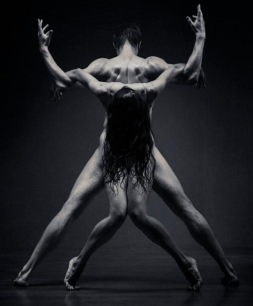 модифицирующие фото танцоров как здесь томми