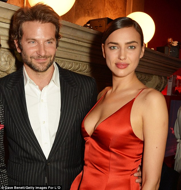 39f5776200000578-3894242-things_are_heating_up_bradley_cooper_and_irina_shayk_have_discus-m-37_1478018110622