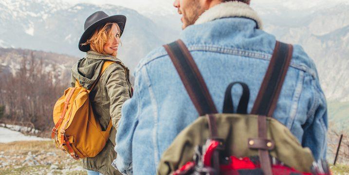 couple-travel