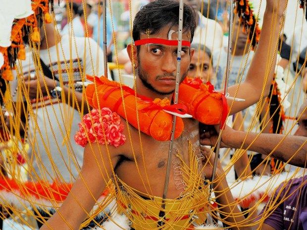 10 самых странных фестивалей мира, которые стоит посетить