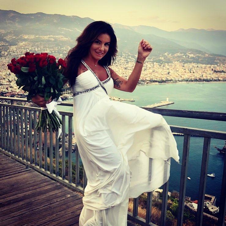 В сети обсуждают свадьбу экс-татушки Юлии Волковой — фото