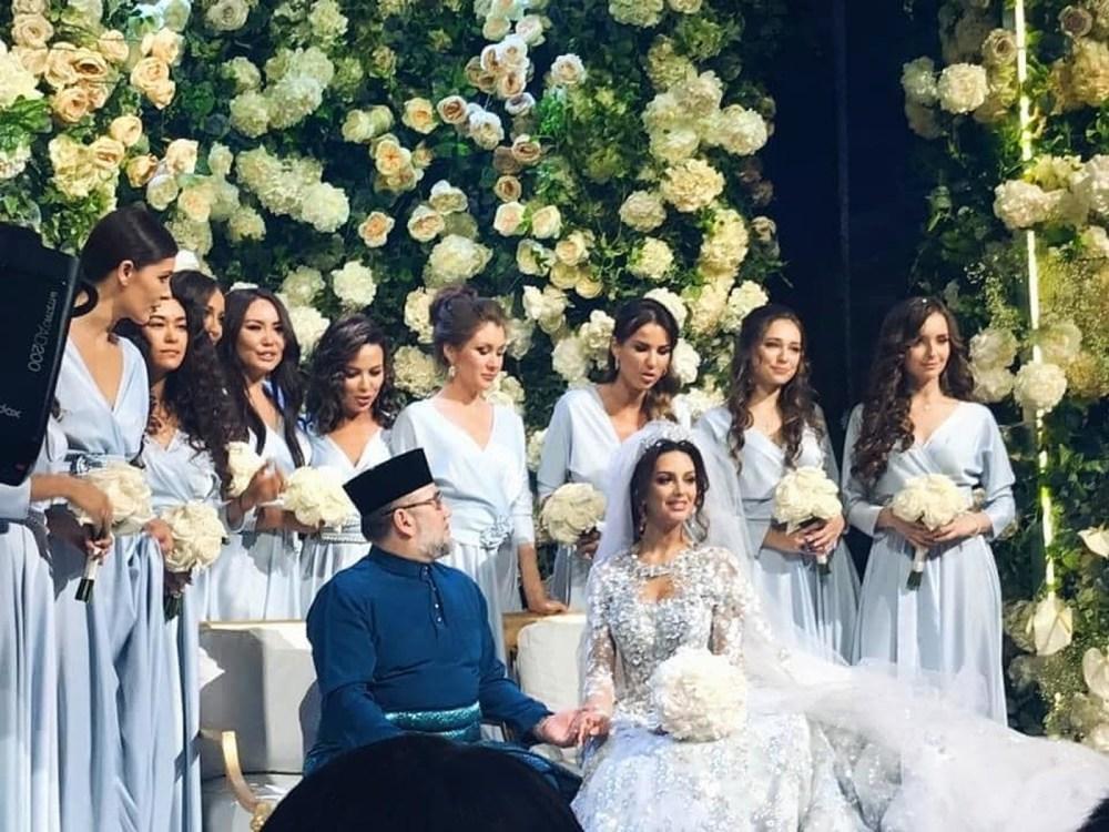 «Мисс Москва» вышла замуж за вдвое старшего короля Малайзии — фото