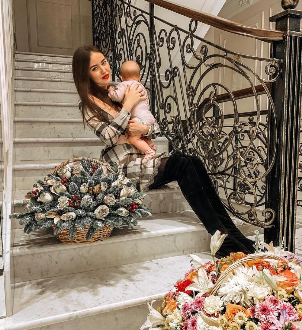 Как развивается 5-месячная дочь Костенко и Тарасова? Фото