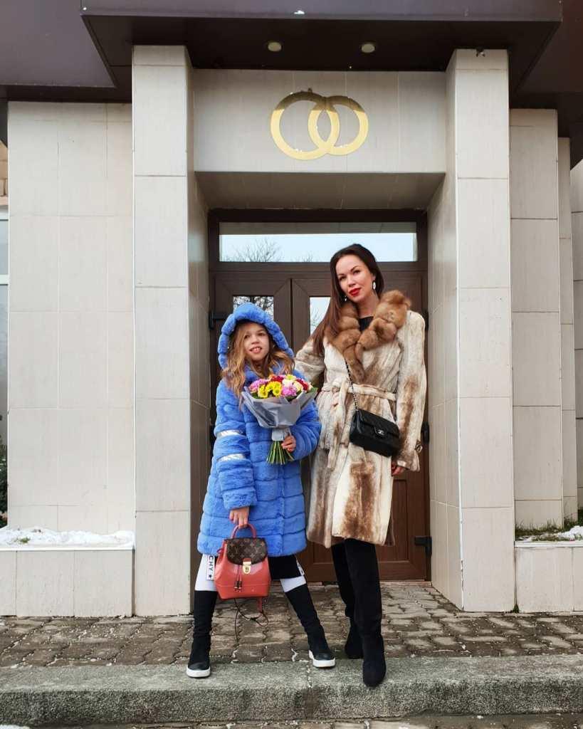 Банк заблокировал счета бывшей жены Дмитрия Тарасова
