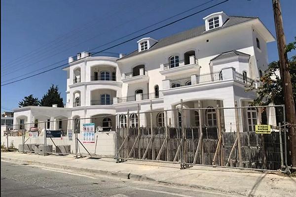 В сети появились фото особняка Пугачевой и Галкина на Кипре