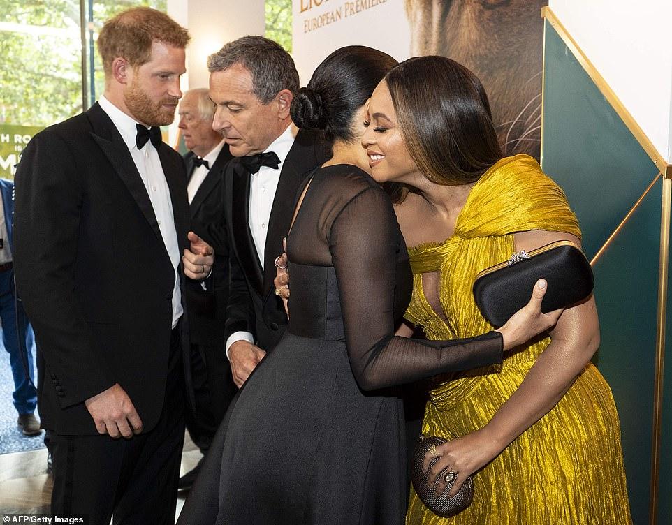 Меган Маркл и Бейонсе встретились на премьере «Король Лев» — фото