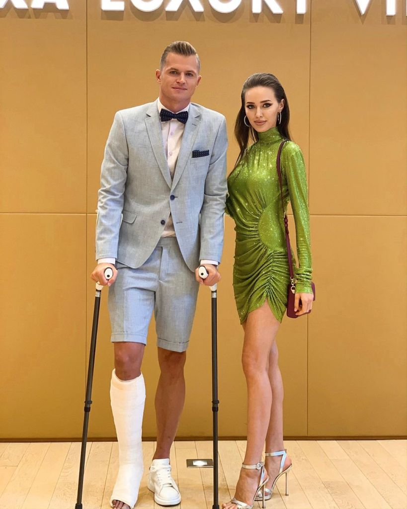 В сети раскритиковали наряд Тарасова и Костенко на свадьбе T-Killah — фото