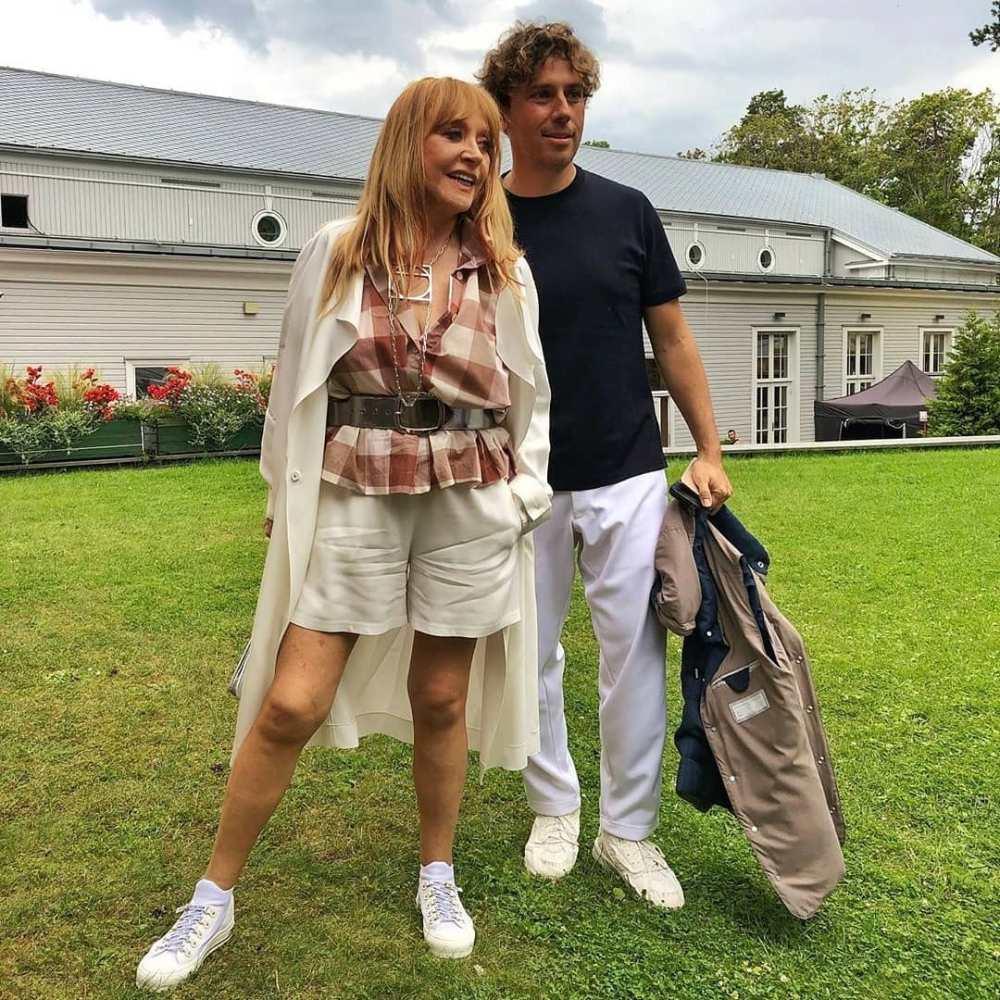 70-летняя Пугачева произвела фурор в коротких шортах — фото