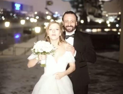Молодожены Арзамасова и Авербух проводят медовый месяц с 16-летним сыном фигуриста