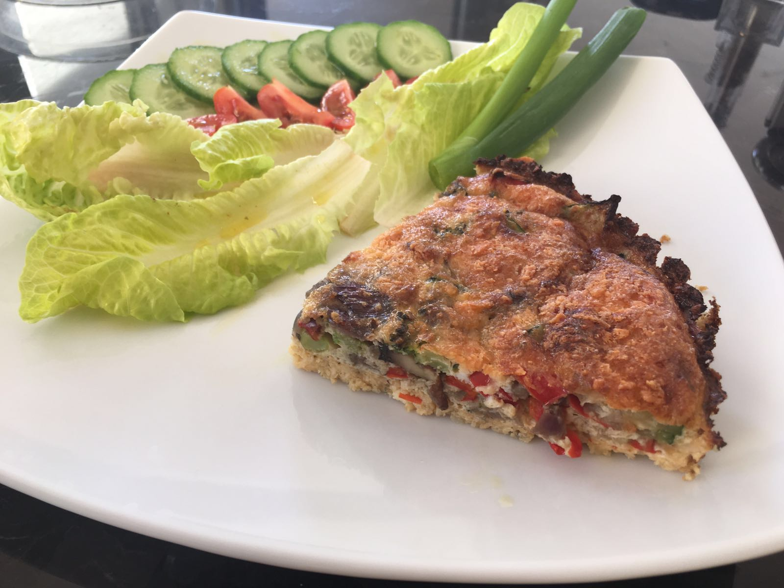 cauliflower-crust-quiche